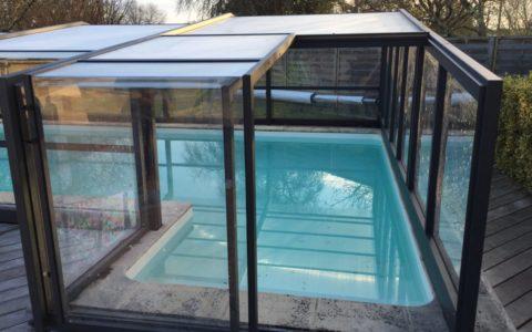 piscine abri haut